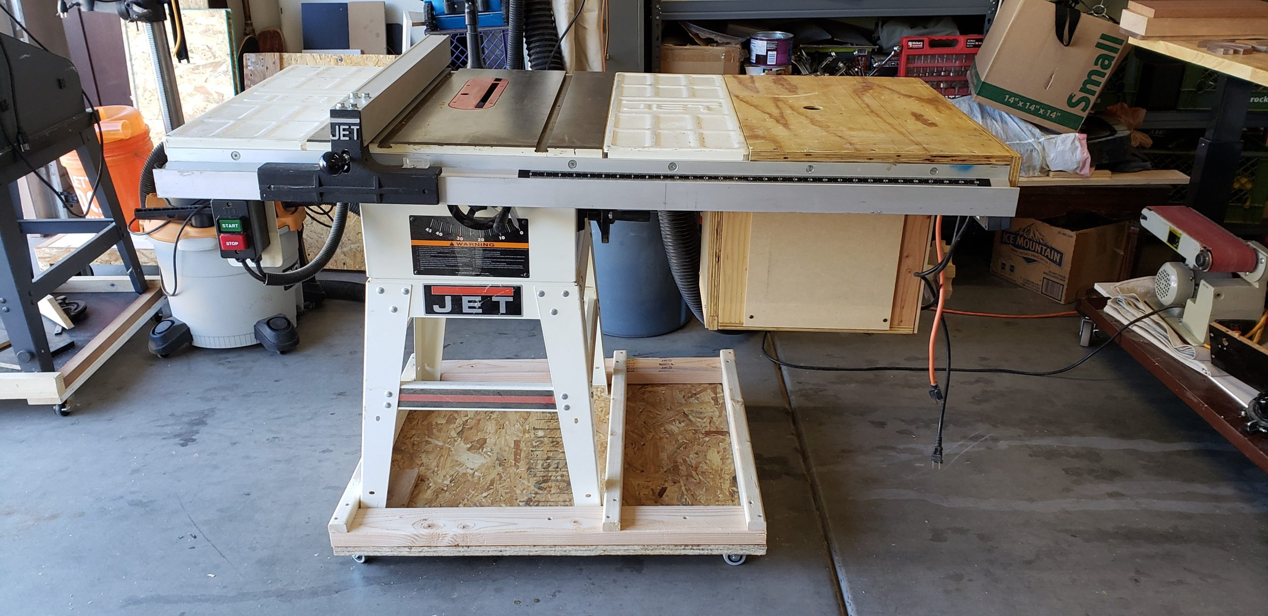 Table Saw & Router Table